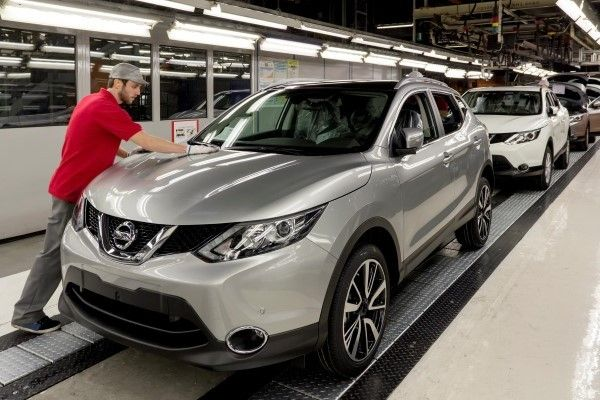Nissan Qashqai colour guide & prices
