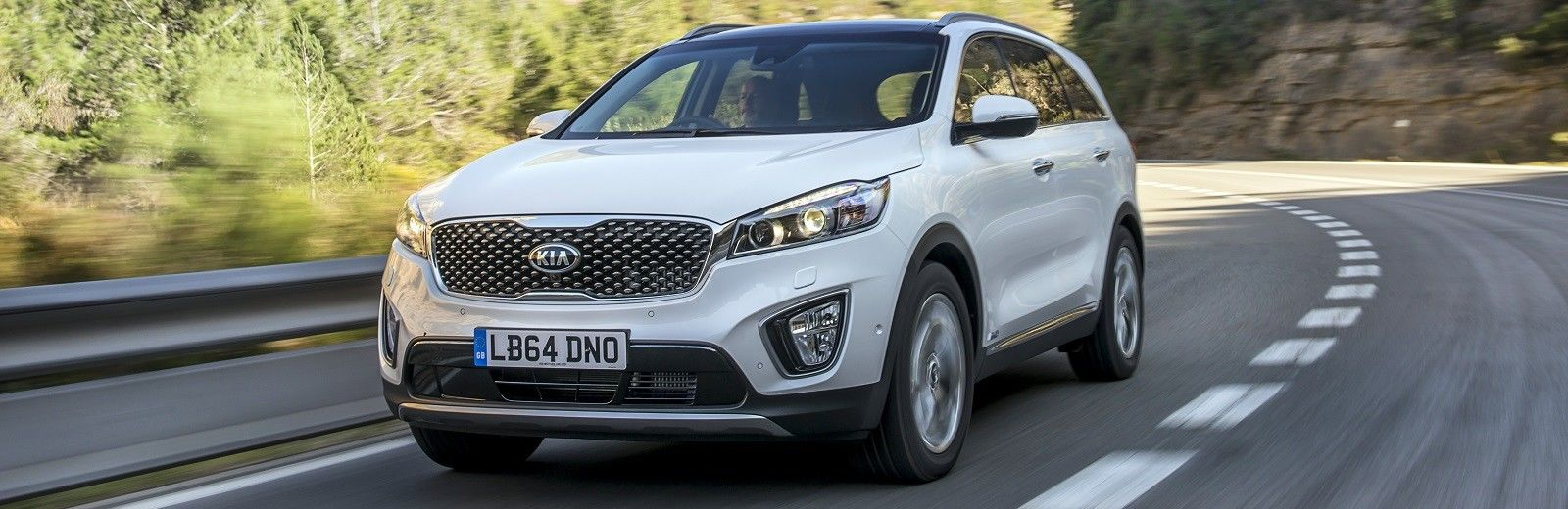 Nice The Sorento In KX 2 Trim Is Already A Very Well Equipped Car. A Full  Leather Interior, A Reversing Camera And A Seven Inch Touchscreen  Navigation System Are ...