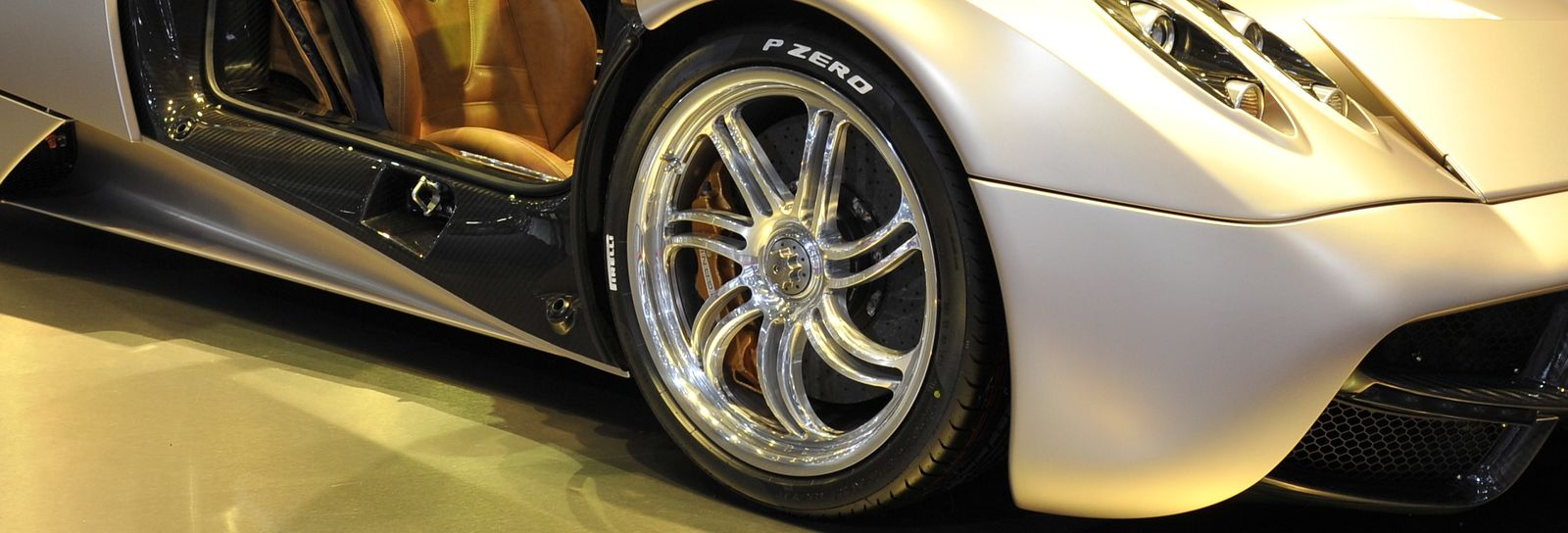 Should I Buy A Car With Big Alloy Wheels Carwow Alfa Romeo Magnesium The Beautiful On Pagani Huayra Cost As Much Hatchback To Repair