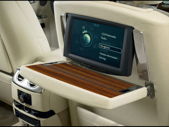 Rolls-Royce Ghost table