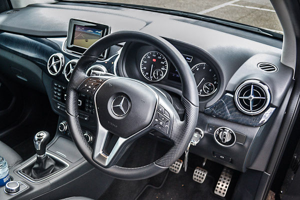 Mercedes Benz B200 Interior