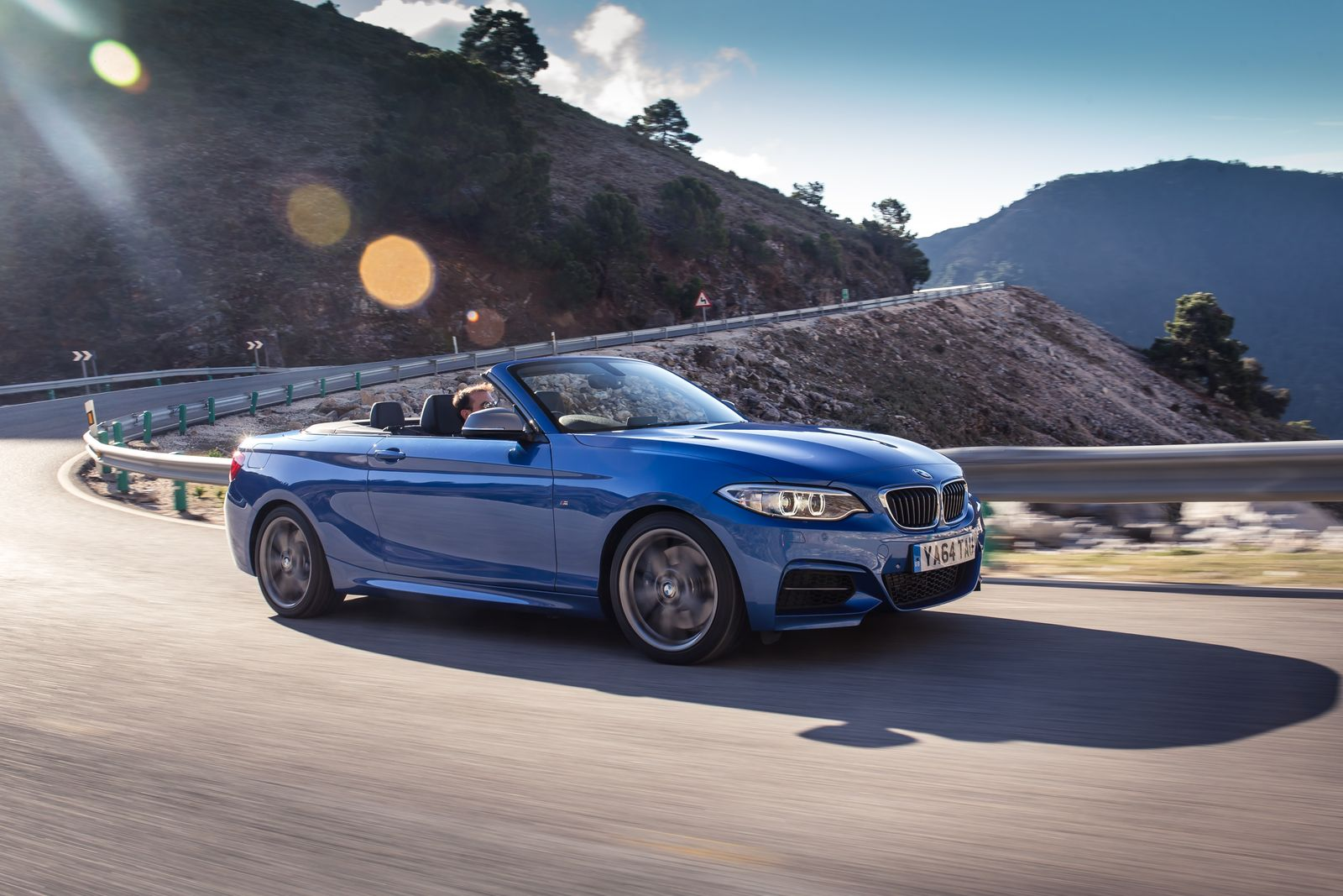 BMW 2 Series Convertible Equipment Levels