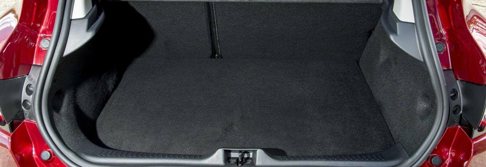 renault clio 2015 trunk size. Black Bedroom Furniture Sets. Home Design Ideas