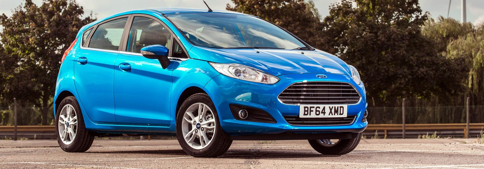 colour car metallic : Ford Fiesta In Candy Blue A Special Paint With A Tinted Clearcoat