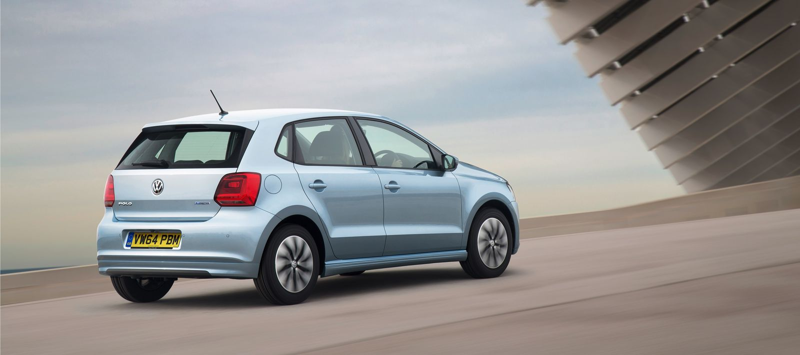 2015 volkswagen polo bluemotion petrol version announced. Black Bedroom Furniture Sets. Home Design Ideas