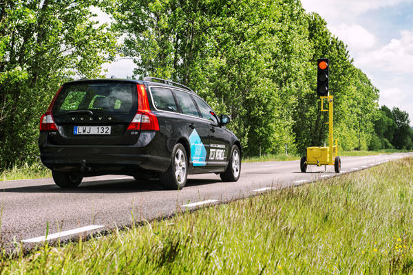 Volvo car to car communication