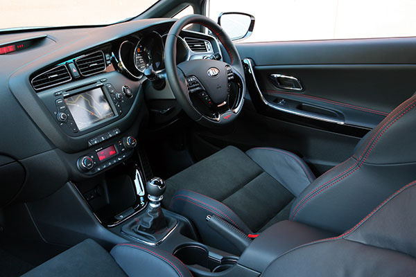 kia proceed interior dash