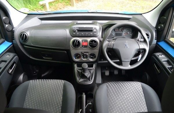 Peugeot Bipper dashboard