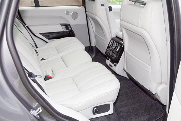 Range Rover 2014 Rear Seats