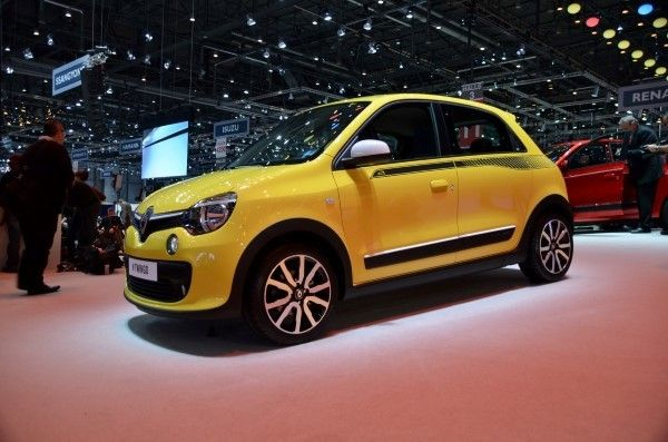 Renault Twingo yellow