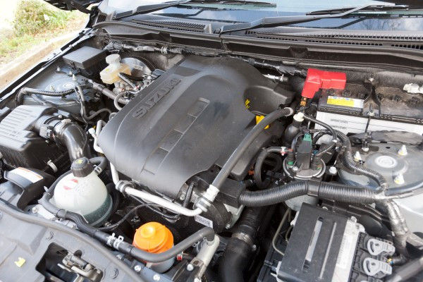 Suzuki Grand Vitara engine
