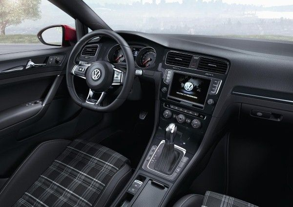 VW Golf GTD interior