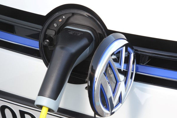 VW Golf GTE charging