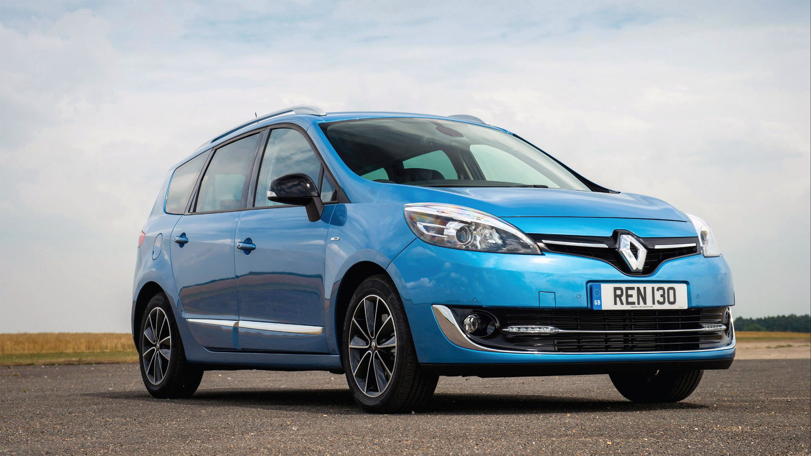 Best Small 7 Seater Cars Of 2016