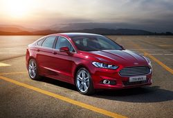 Ford mondeo 2015 saloon red ftq e1412261195740