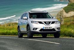Nissan X-Trail vs Hyundai Santa Fe – seven-seat crossovers ...