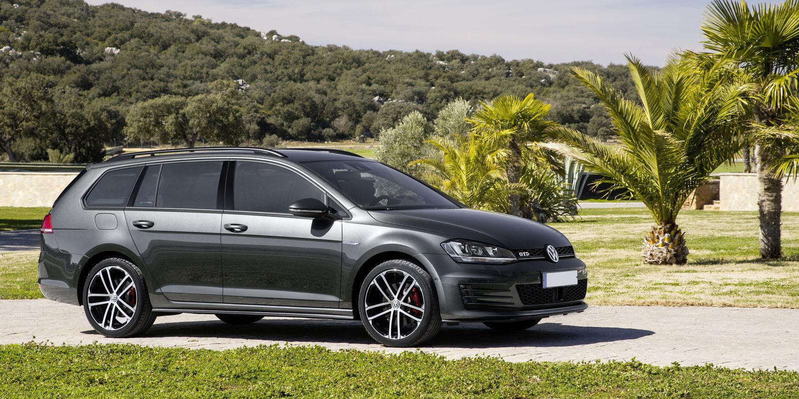 Volkswagen E Golf >> Volkswagen Golf GTD Estate Review   carwow