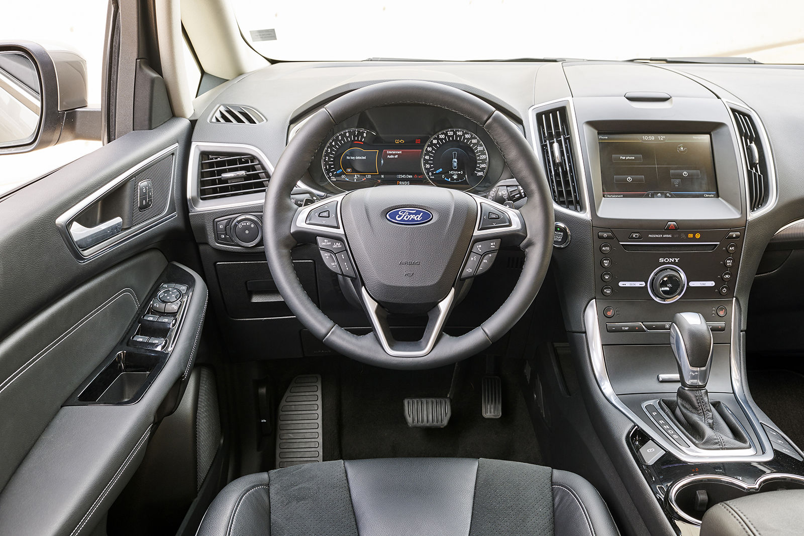 Ford s max review carwow for Ford s max photos interieur