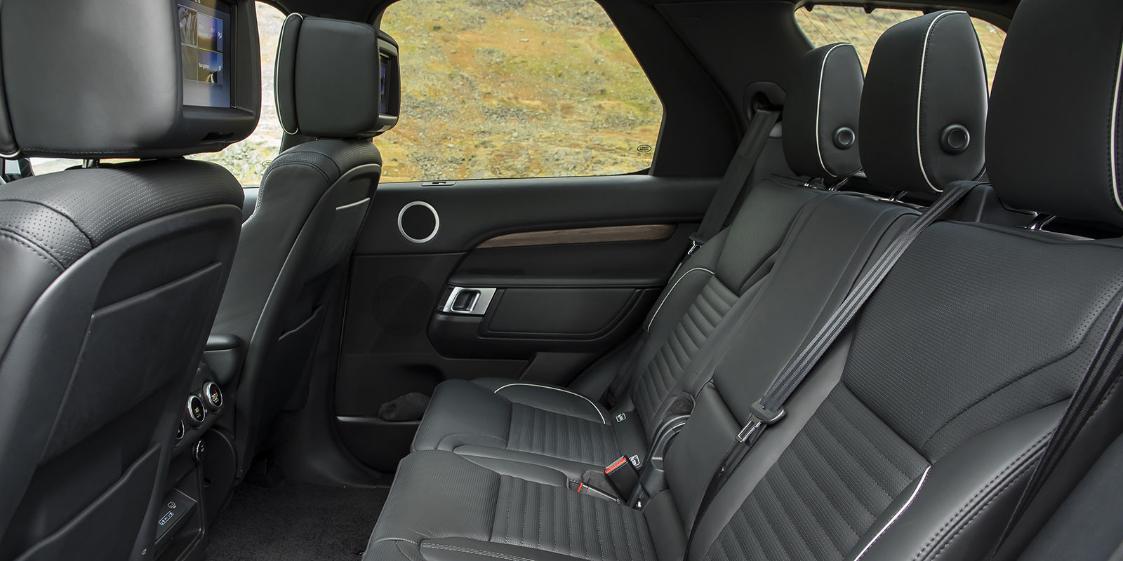 Land Rover Discovery Review Carwow