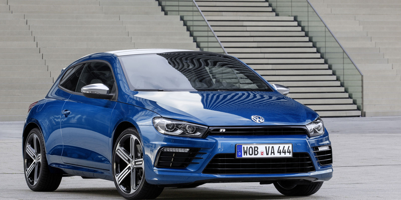 volkswagen scirocco r review carwow. Black Bedroom Furniture Sets. Home Design Ideas